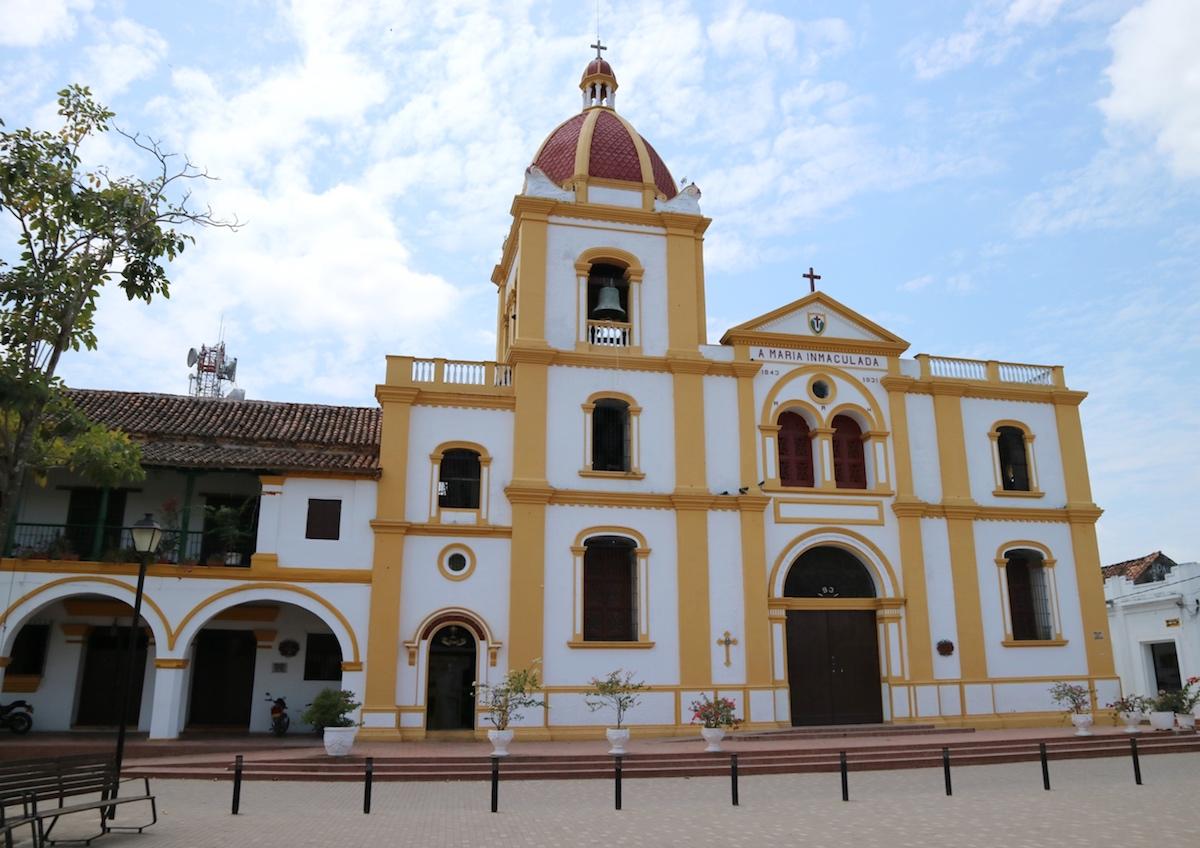 Santa_cruz_mompox_Colombia_c