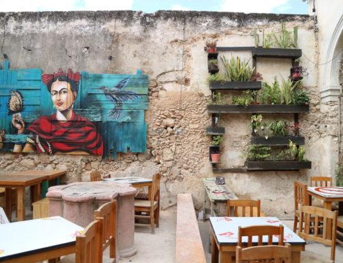 Met deze 5 apps vind je de leukste restaurants op vakantie