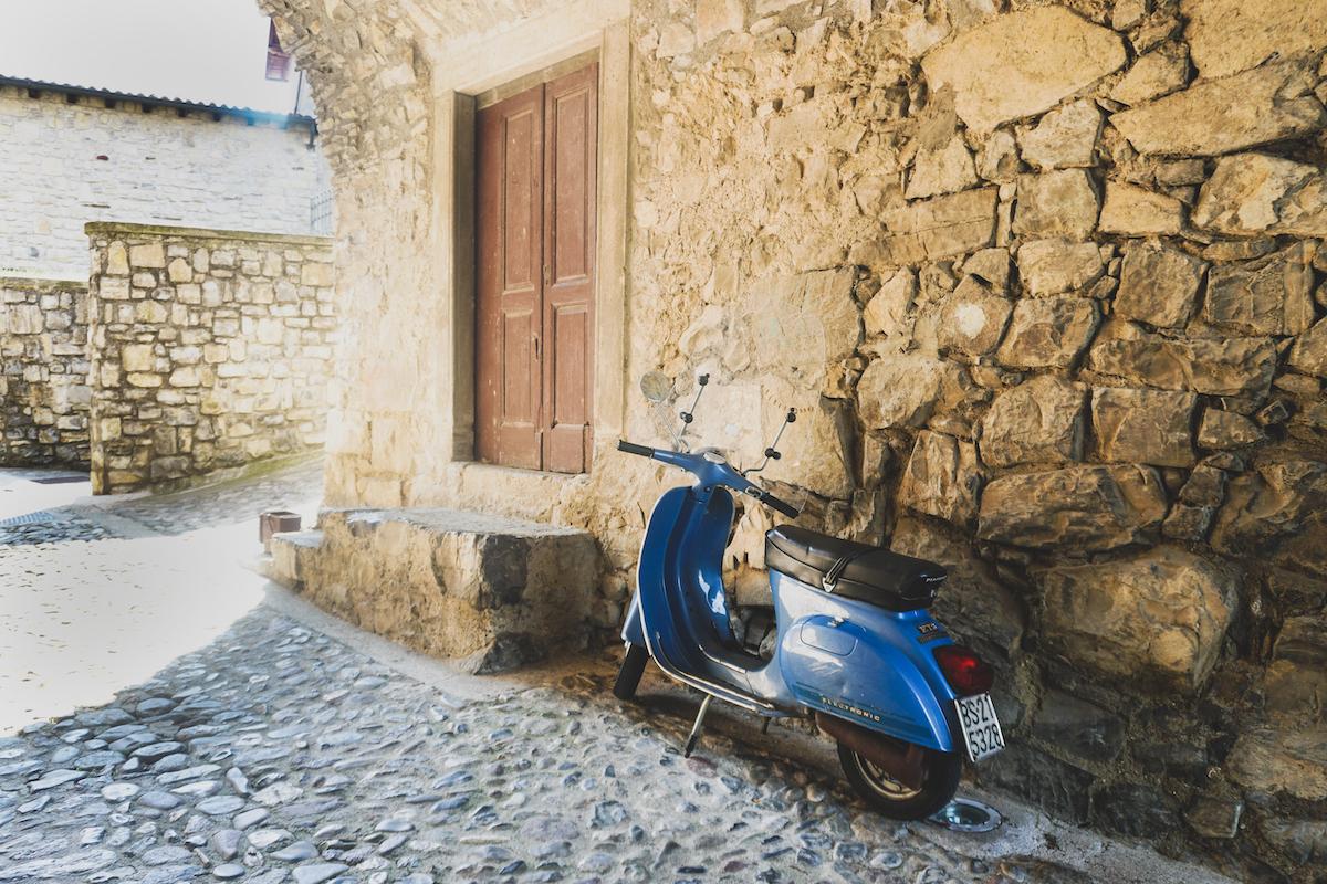 Italiaans dorpje bij Iseomeer